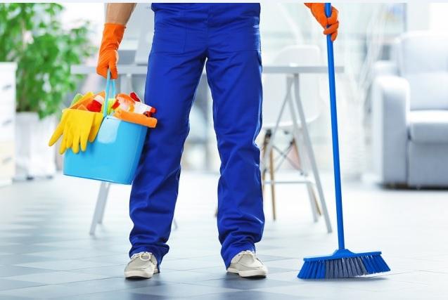Изображение генеральной уборки квартиры